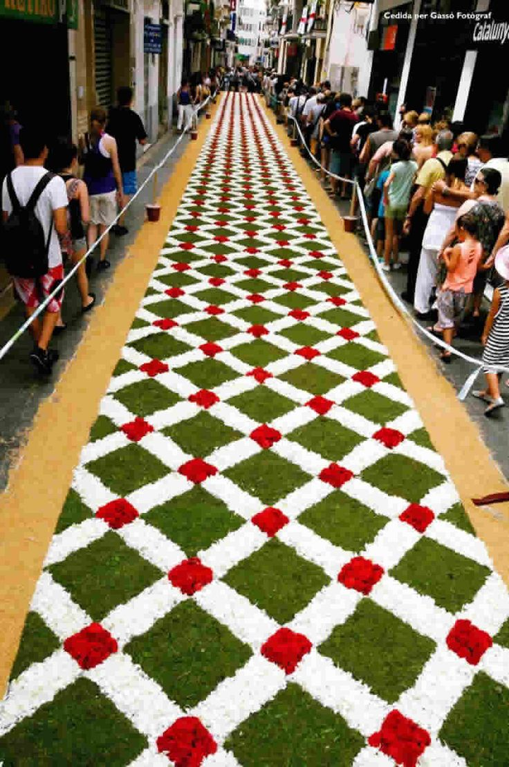 138 best images about alfombras corpus on pinterest antigua guatemala carpets and camino de - Alfombras en barcelona ...
