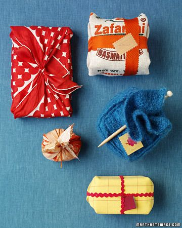 furoshiki - Japanese art of wrapping gifts in cloth