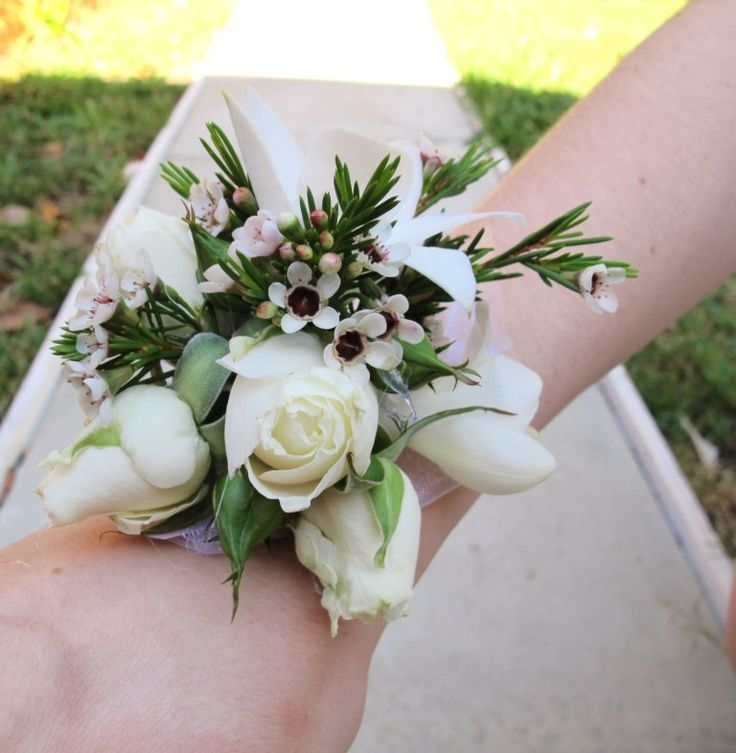 Wrist Corsages Wedding: 12 Best Images About Get Inspired: Corsages On Pinterest
