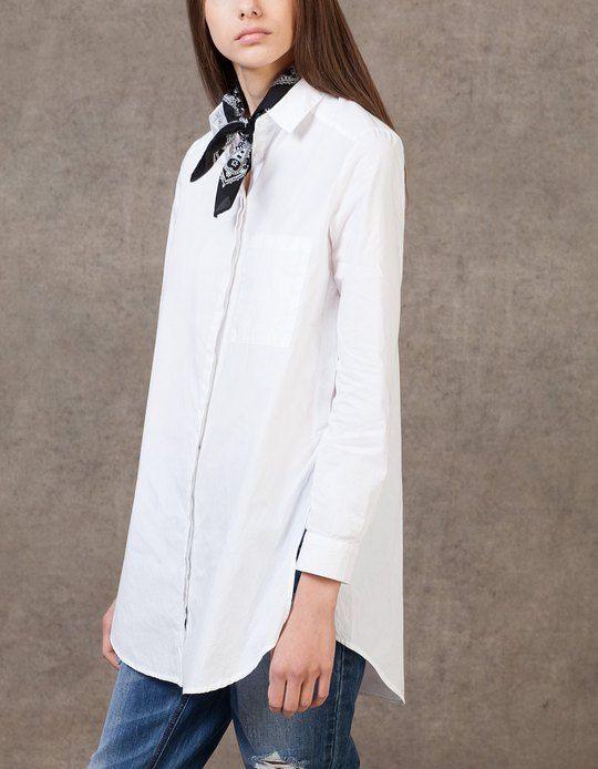 En Stradivarius encontrarás 1 Camisa larga bolsillo para mujer por sólo 79900…