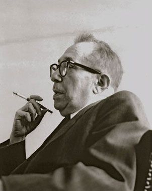 Promoting the Study of Leo Strauss's Thought | The Leo Strauss Center