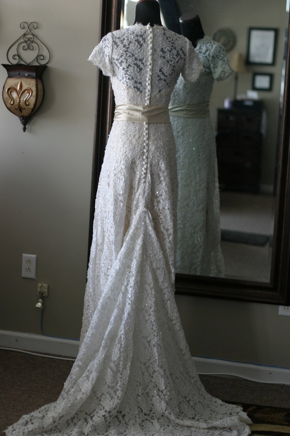 Chic Hipster Wedding: Dress.