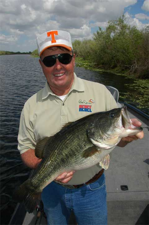 """Bill Dance - My Four Favorite Lures For Summer Fun: I love to wade creeks and fish small ponds and lakes. Fishing knee deep and casting for bass brings back memories of when I was a kid, and it is still one of my very favorite ways to spend a summer day. Light """"finesse"""" tackle is perfect for this kind of fishing. It resembles ultra-light gear, but the length and the action of the rods are different. http://www.odumagazine.com/Magazines/ODUSummerFishing2014/#p=6"""