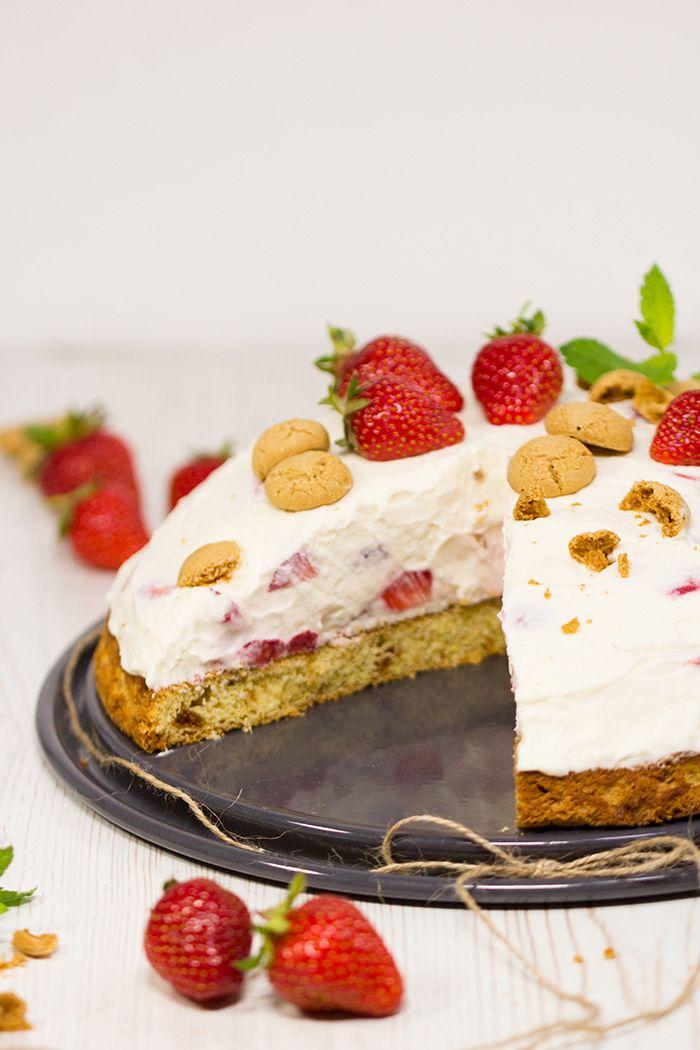 Erdbeer-Mascarpone-Torte mit Amarettini   verzuckert-blog.de