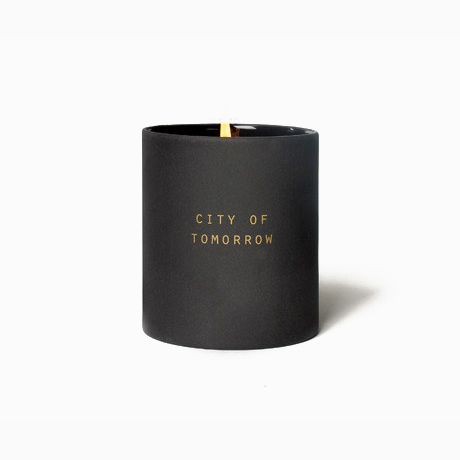 Candle featuring the scent of freshly cut grass with green pear, rose, lily, jasmine and balsam all within a ceramic pot. City of Tomorrow Utopia Candle by The School of Life is available at Osmology. Shop your favourite boutique scented candles and home fragrance brands in one place.