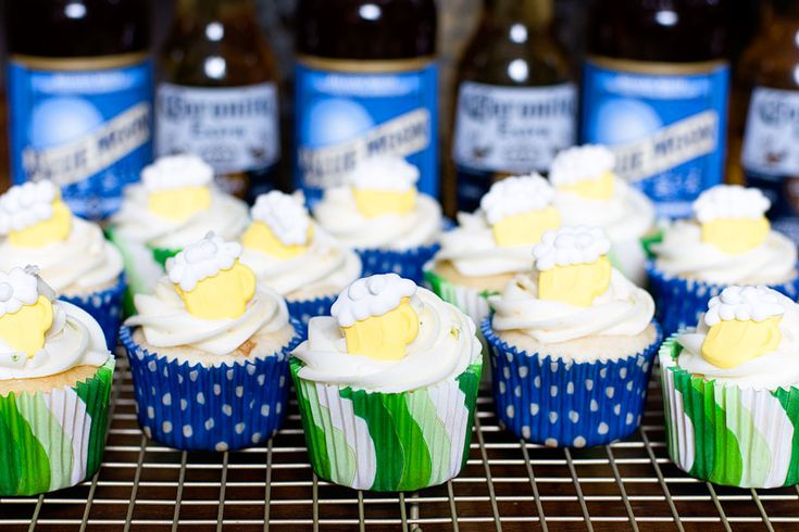 Blue Moon & Corona Cupcakes | With Sprinkles on Top