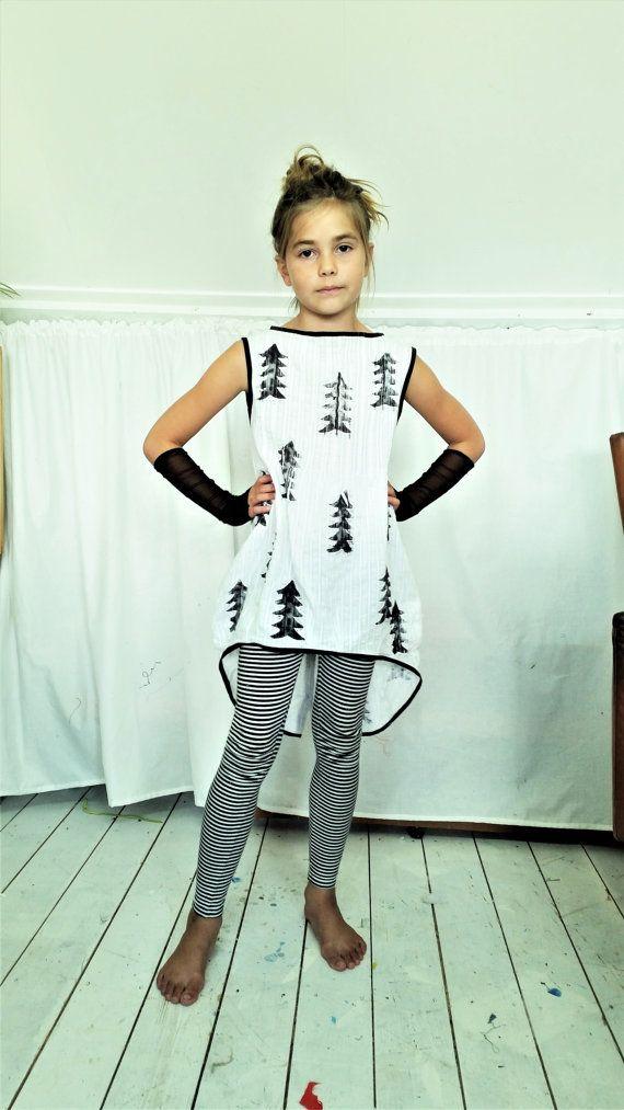 Girls Dress, Cool Dress, Summer Dress, Black and White Dress, Mevrouw Hartmahttps://www.etsy.com/shop/MevrouwHartman  http://www.mevrouwhartman.nl/n, Pinetree