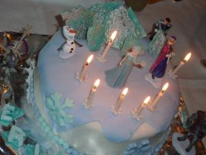 Cake Frozen Gâteau Reine des Neiges