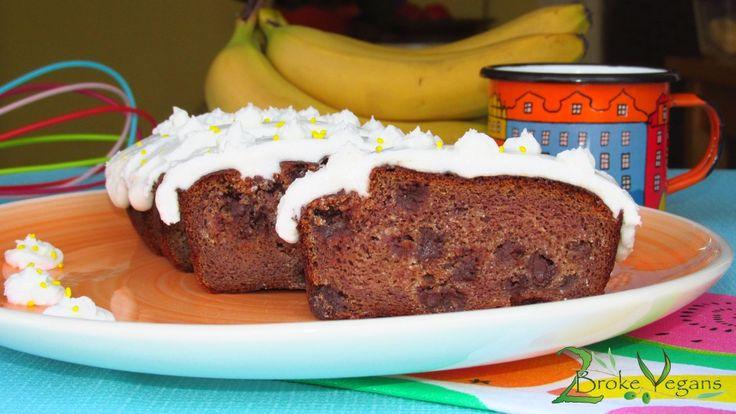 Vegan Chocolate Chip Banana Cake Recipe - http://2brokevegans.com/chocolate-chip-banana-cake/