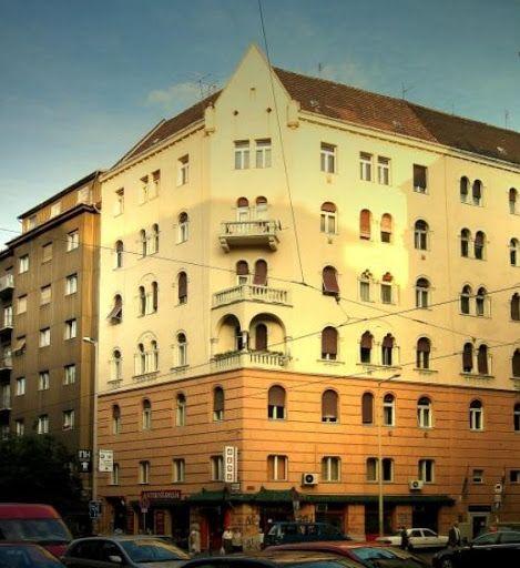 A Galilei páholy egykori saroképüle / The old building of Galilei lodge in Budapest - nowadays.