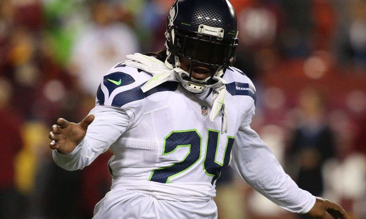 """Marshawn Lynch comments on reports regarding agreement with Raiders = The Oakland Raiders and retired running back Marshawn Lynch appeared to be on the verge of a reunion on Friday afternoon, according to multiple reports. However, from the man's mouth itself, Lynch informed his Twitter followers that when he is on the move to Oakland, he will """"let you kno!!!!"""" Until Lynch is literally back on the field in silver and black, it is safe to assume his….."""
