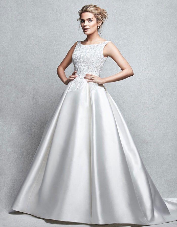 13 best Wedding Dresses images on Pinterest | Short wedding gowns ...