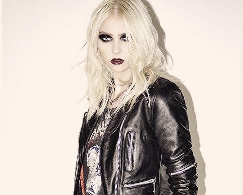 I don't wanna be Courtney Love, I wanna be Kurt Cobain.