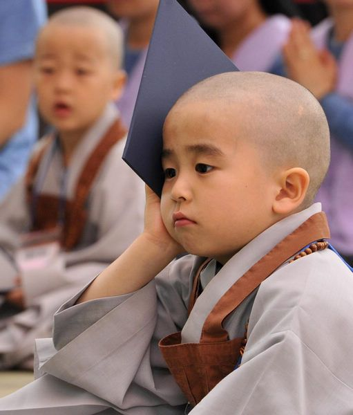 S Korean children experience monks' life | ♥Child monks ...