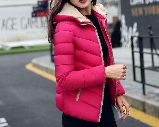 Dámská zimní teplá stylová bunda tmavě růžová s béžovými detaily – Velikost L Na tento produkt se vztahuje nejen zajímavá sleva, ale také poštovné zdarma! Využij této výhodné nabídky a ušetři na poštovném, stejně jako …