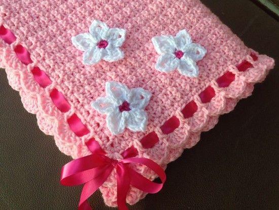 This blanket is wonderful - Pattern video tutorial! think it's my favorite yarn color, ever.   http://crochetbabyblanketfreepattern.com/free-crochet-baby-blanket-pattern/