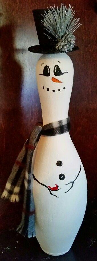 """Bowling """"Pin"""" Snowman"""
