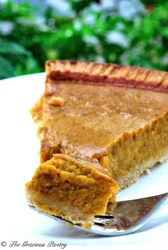 Clean Eating Pumpkin Pie from www.TheGraciousPantry.com