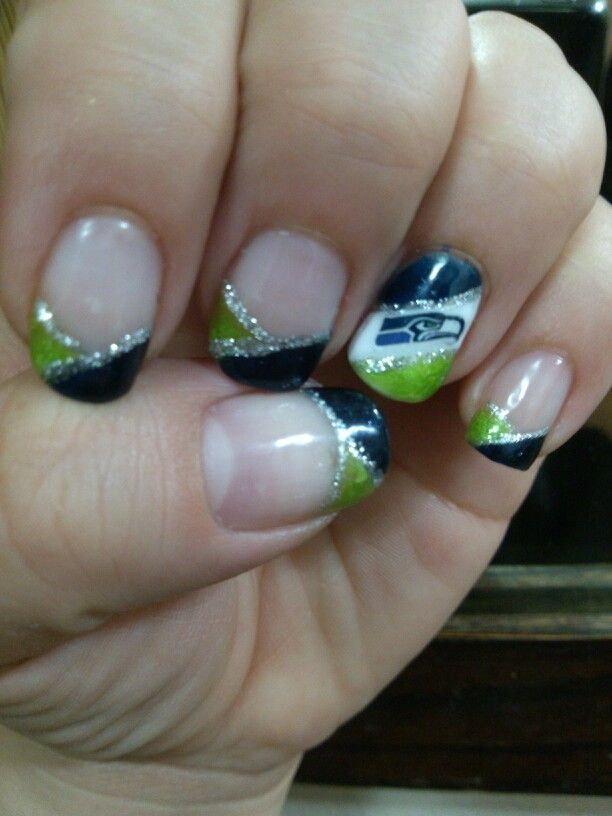 seahawk manicures | 1St Seattle Seahawks shellac manicure #nails ... | Seahawks, Mariners ...