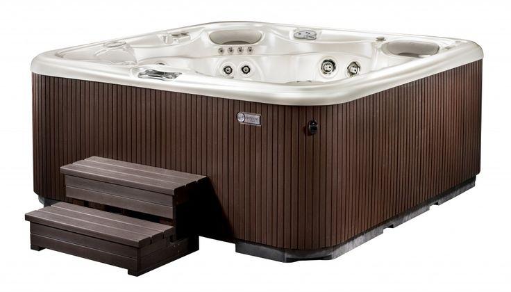 Cozy Hawkeye Hot Tub Hawkeye Hot Tub Spring Spa Spa Hot Springs
