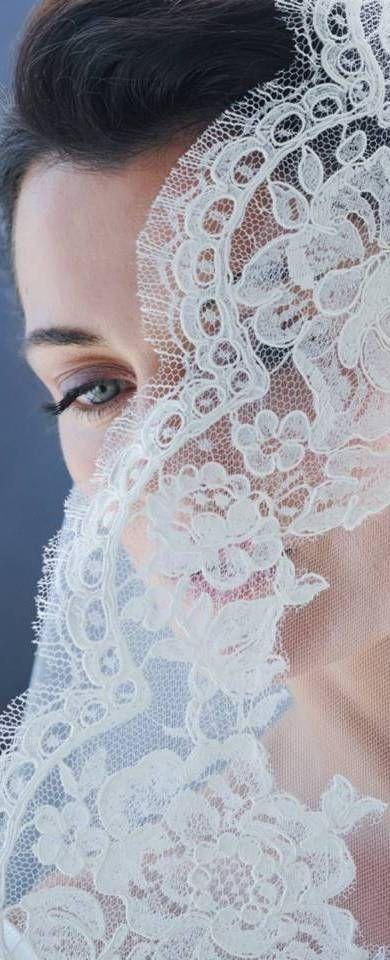 Kanten sluier. love · essence · casaments · loving · wedding · bodas barcelona ·