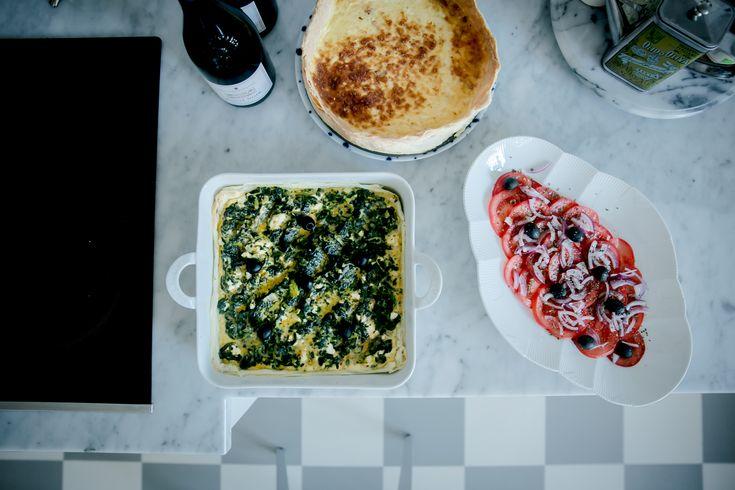 """. Tadaaa – lördagslunchen till familia + 1 gäst är klar! . . Bonjour bloggisar! . . Hoppas ni mår bra denna Trettondag som det tydligen är! Firar ni trettondagarna?? Vi har ingen tradition alls med dessa dagar och det blir varje år lite """"ojddå var det ledigt i g e n så snart?"""":) Hur […]"""