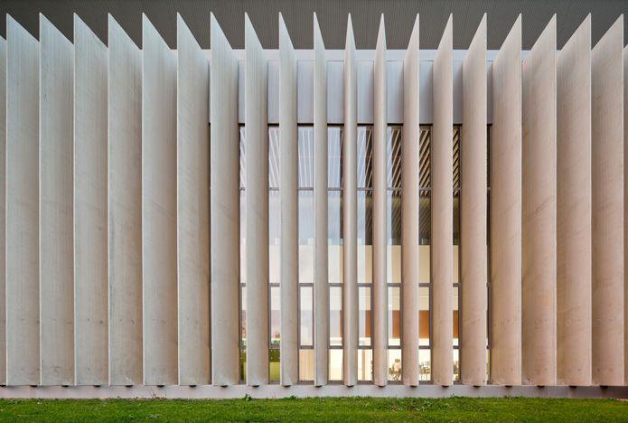 Otxotorena Arquitectos: Facultad Económicas Universidad de Navarra, Pamplona, Spain