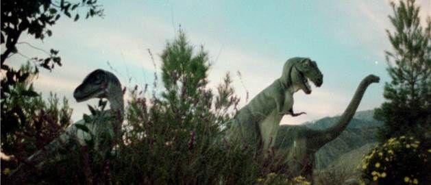 dinosaurs   IDFA 2013