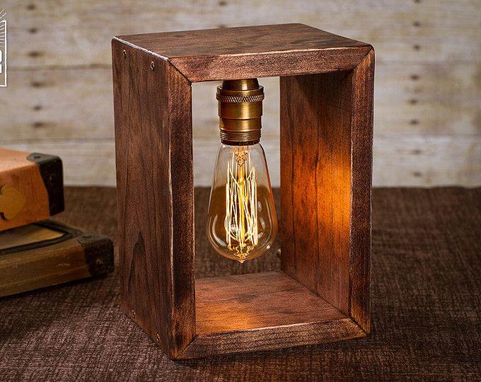 Caja de sombra Edison lámpara   Lámpara de mesa   Lámpara de escritorio   Luz de noche   Luz de noche   Madera   Lámpara   Bombilla de Edison   Industrial