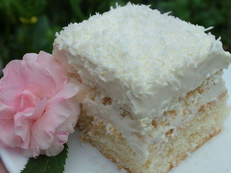 Habos Raffaello szelet, nagyon fincsi, ennek a sütinek képtelenség ellenállni, kókuszos mámor! :)