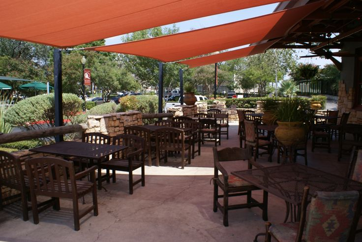 Shade sails for patio beer garden ideas pinterest for Balcony bar restaurant