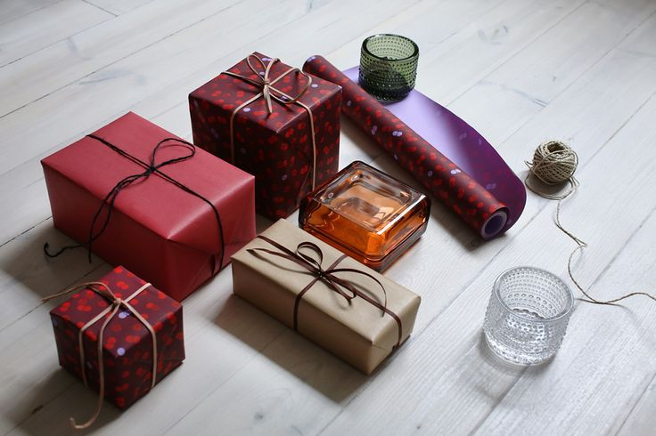 Christmas is a time for giving. Give all the special people on your list something they're sure to love - and something that lasts. Find the perfect gifts for friends and family from the Iittala collection and make it a Christmas to remember. www.iittala.com/celebrations-for-generations