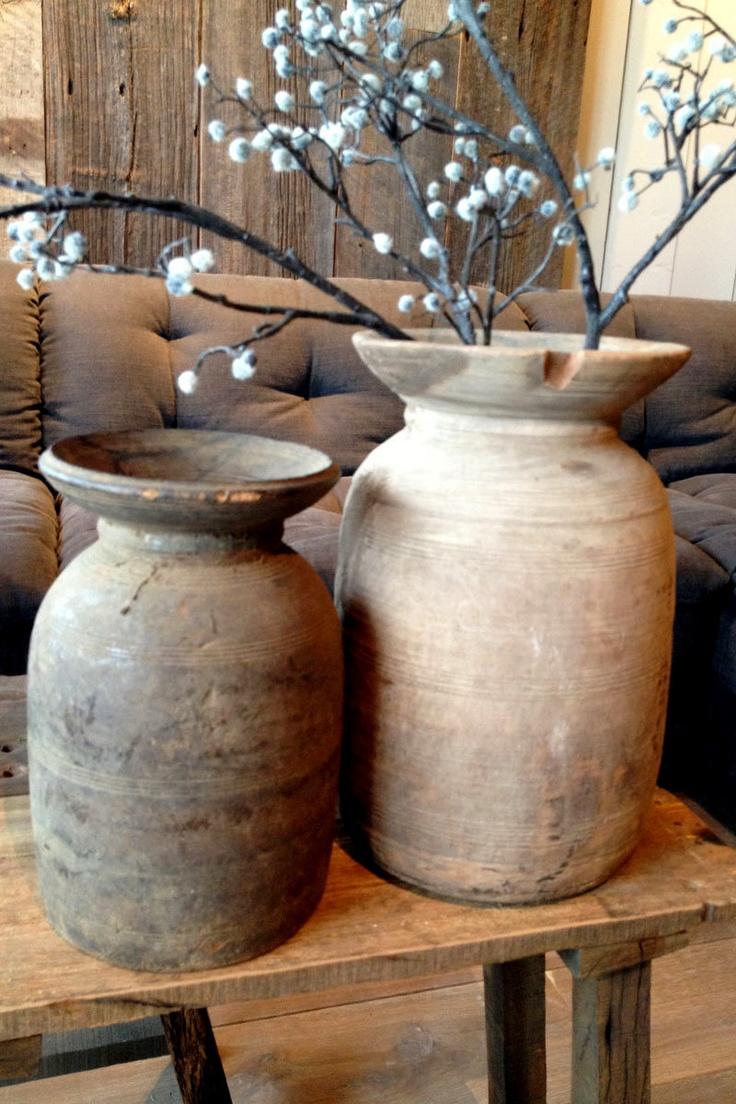 Antieke kruiken van Hoffz Interieur bij Molitli Interieurmakers