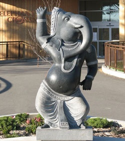 "The Calgary Zoo said it has no plans to remove a dancing elephant statue after a complaint from a Christian group that it's an inappropriate religious icon. A private donor gave the statue, modeled after the Hindu god Ganesh, to the zoo in 2006 to stand in front of the Asian elephant exhibit.  As CBC News first reported, Concerned Christians Canada sent a letter raising its concerns that the statue was ""selective religious partiality"" to the zoo on Thursday.  ""A lot of people are saying we're..."