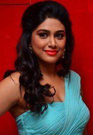 Manisha Yadav hot images in Trisha illana nayanthara