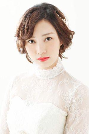 【結婚式髪型】シネマ女優の様なクラシカルスタイル | ブライダルヘアカタログ