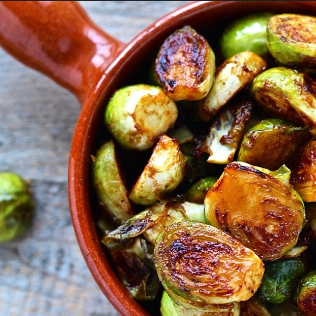 Miso Roasted Brussels Sprouts With Maple Syrup And Sriracha via @feedfeed on https://thefeedfeed.com/thefoodiephysician/miso-roasted-brussels-sprouts-with-maple-syrup-and-sriracha