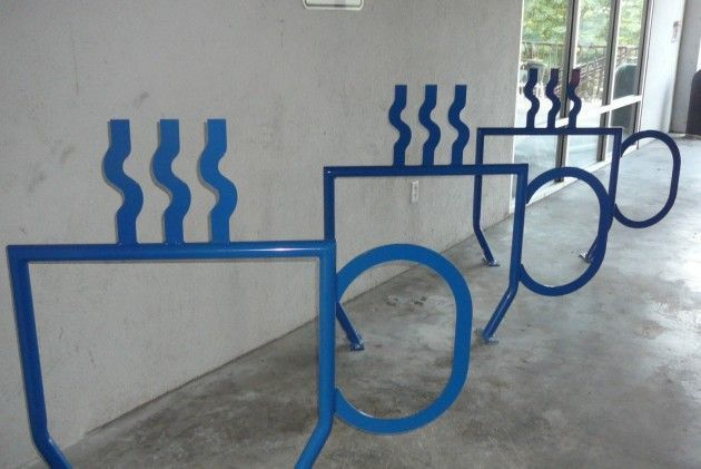 Rastrelliere bici strane e divertenti - Creative and funny bicycle racks 12 - tazze caffé coffee cups