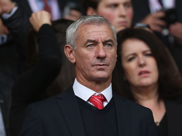 Ian Rush: 'Liverpool could become title contenders if they beat Manchester United'