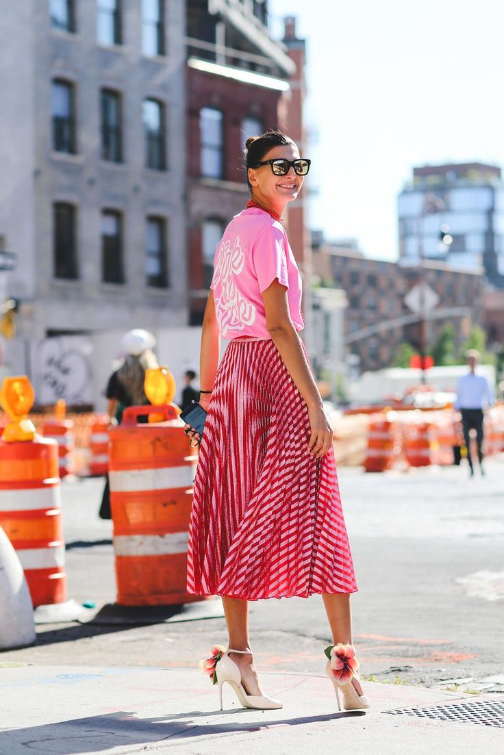 Making Barbie proud. #refinery29 http://www.refinery29.com/2016/09/120553/nyfw-spring-2017-best-street-style-outfits#slide-103