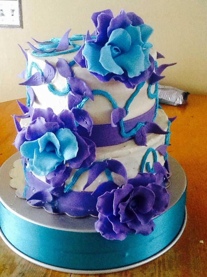 Creative Confections by Yvette Reinhardt ,Strawberry cake ...