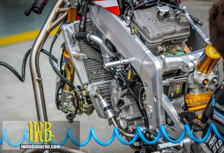 NSF250RW Engine Block