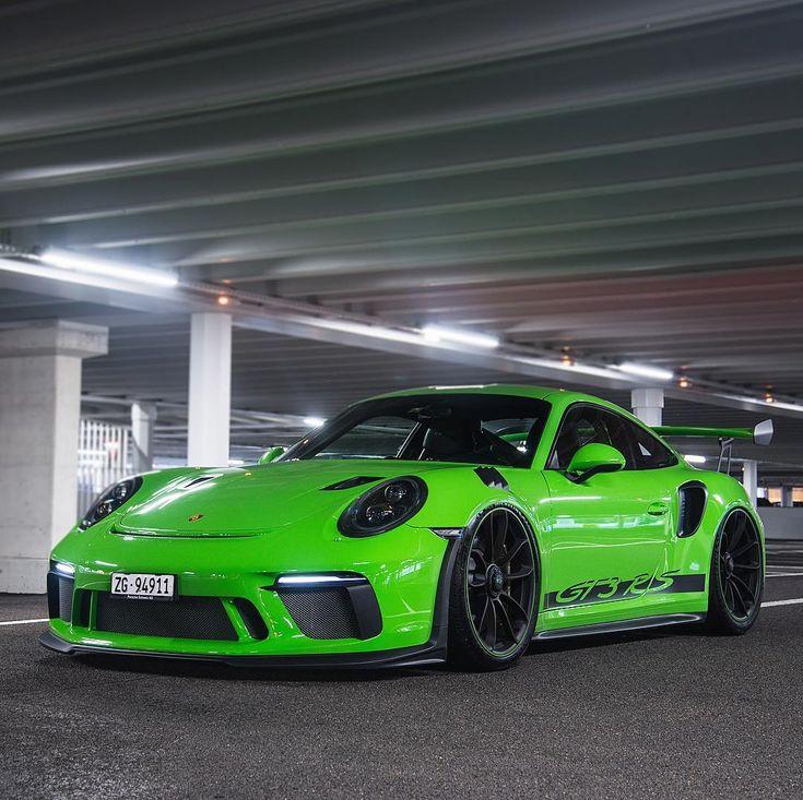 картинки красивых зеленых спортивных машин однородная структура