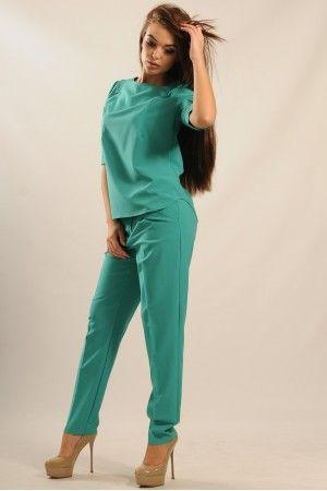 Універсальні зелені брюки з костюмної тканини. Класичний крій ... 01a5e4f4d06ce