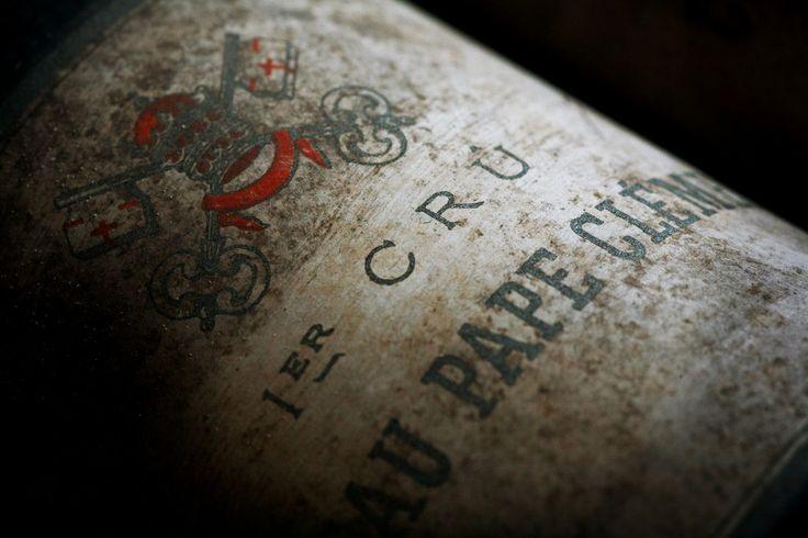 Venez découvrir les vins du château Pape Clément en réservant votre visite sur Wine Tour Booking