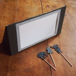 Fabriquer un théâtre d'ombres chinoises - How to create a shadow puppet show !