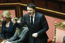 """Forza Italia, Lega e Movimento 5 Stelle presentano mozioni di sfiducia. Il 27 gennaio sono state presentate da """"Forza Italia"""" (insieme alla """"Lega"""") e  """"Movimento 5 Stelle"""" duemozioni di sfiduciaal Senato nei confronti del Governo Renzi. Entrambe le mozioni sono state respinte: quella presentata..."""