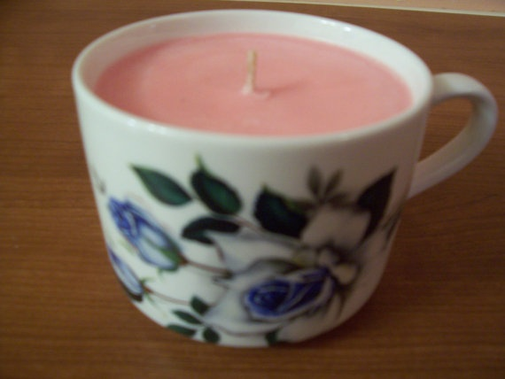 Blue Rose Motif on White Porcelain Soy Scented by CandlesByDPar