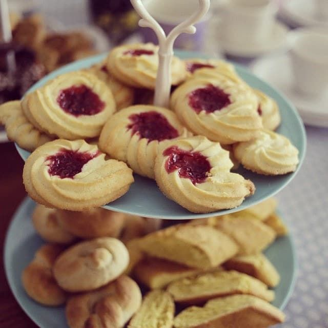 A Swedish tradition in Sweden is to always have seven kinds of cookies to offer a guest invited for fika. The types of cookies can vary but most of them are made from shortcrust. What do you call it in Swedish? Sju sorters kakor.Find the recipe here.