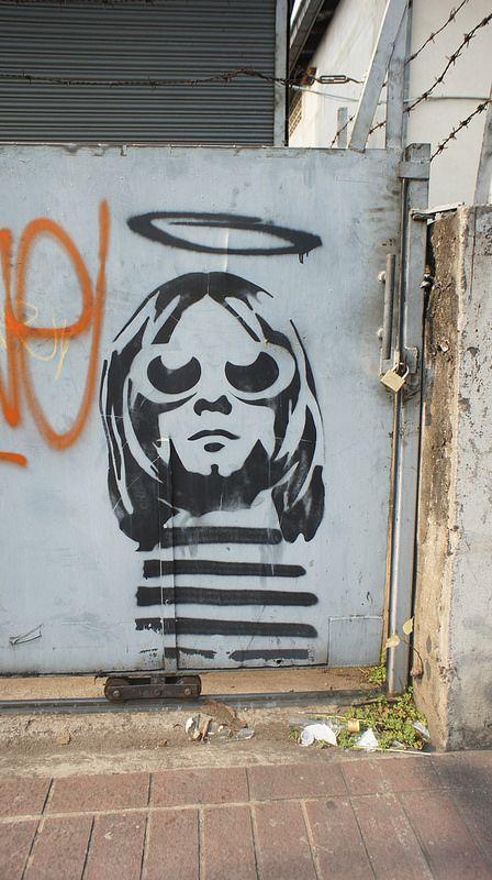 Kurt Cobain, stencilled street art